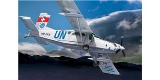 DoraWings Pilatus PC-6 Turbo Porter 1:72 Kit Pla..