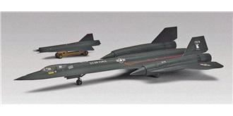 REVELL SR-71 M-21 Blackbird mit D-21 1:72 Kit Pl..