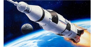 REVELL Apollo Saturn V 1:144 Kit Plastik