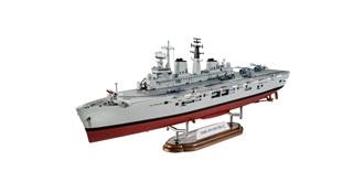 Revell HMS Invincible Falkland Krieg 1:700 Kit P..
