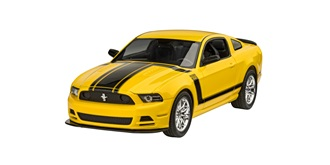 REVELL Ford Mustang 2013 Boss 302 1:25 Kit Plastik
