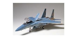 Tamiya F-15C Douglas 1:32 KIT P High Qualität